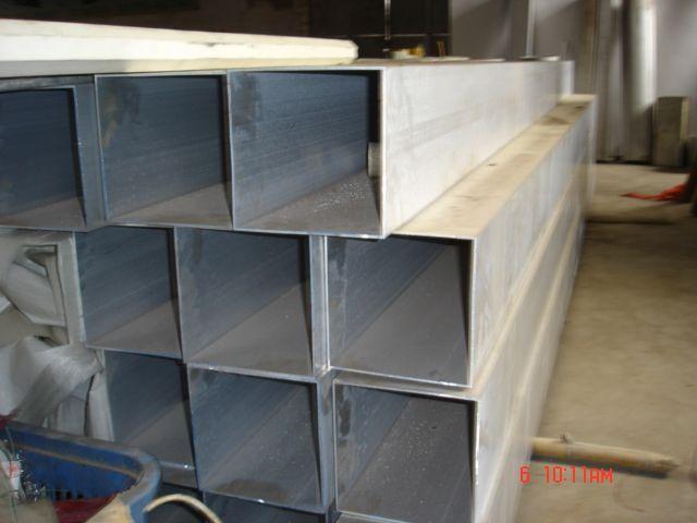 供应16mn钢管/16mn方型钢管价格